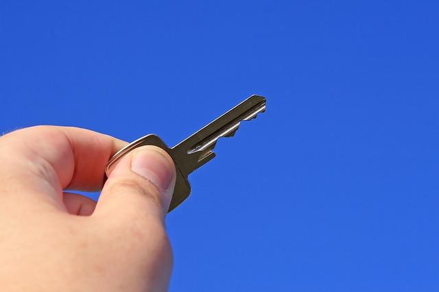 holding keys