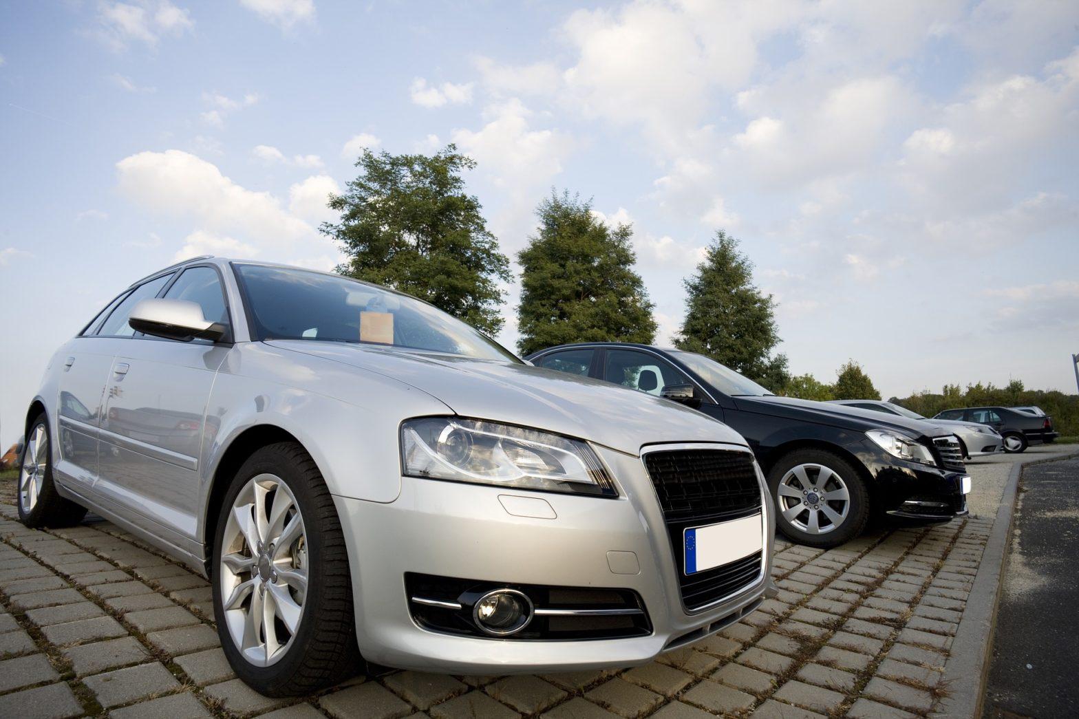 car sales dealership
